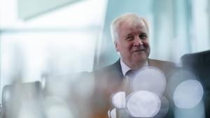 Seehofer kündigt endgültigen Abschied aus der Politik an