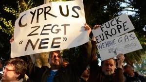 Zyperns Banken bleiben bis Dienstag geschlossen