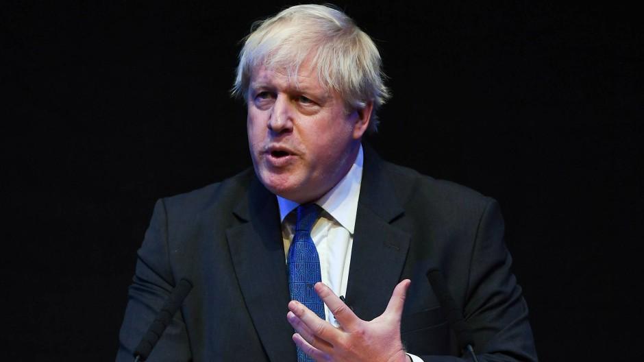 Der ehemalige britische Außenminister Boris Johnson erneuerte in seiner Rede auf dem Parteitag der britischen Konservativen in Birmingham am Dienstag seine Kritik an den Brexit-Plänen der Regierung.