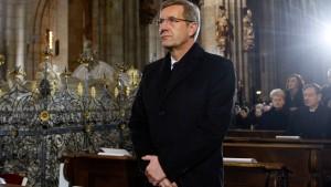 Koalition lobt, Opposition tadelt