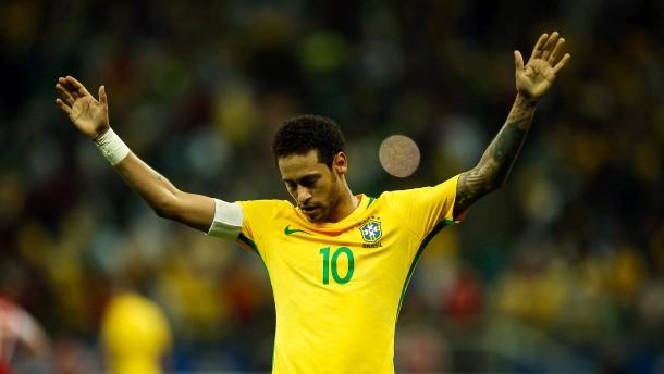 Brasilien zaubert sich nach Russland