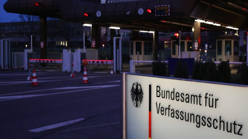 Abteilung 4, übernehmen sie: Das Bundesamt für Verfassungsschutz in Köln