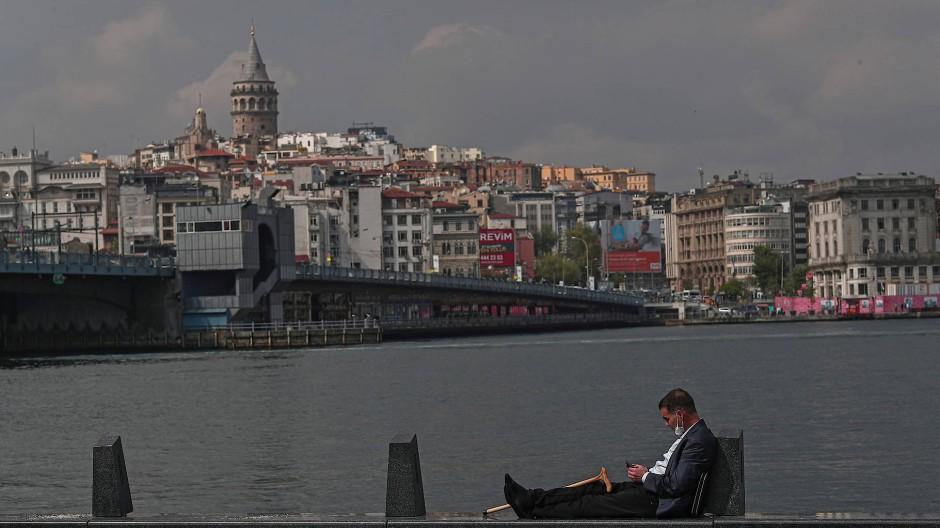 Wer eine Maske hat, gehört zur Minderheit: Corona-Alltag in Istanbul