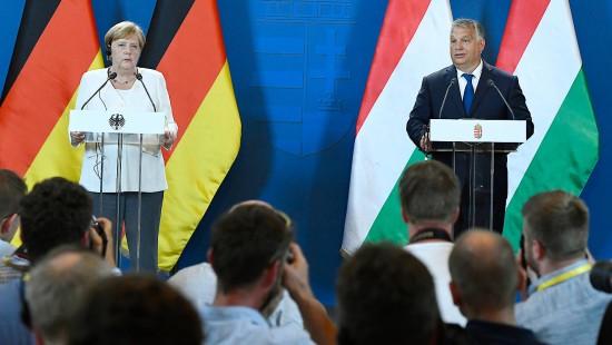 Merkel würdigt Ungarns Beitrag zum Mauerfall