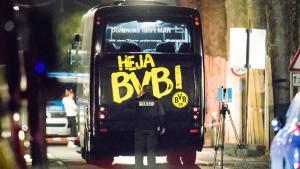 Täter soll nach BVB-Anschlag Beweismittel verbrannt haben