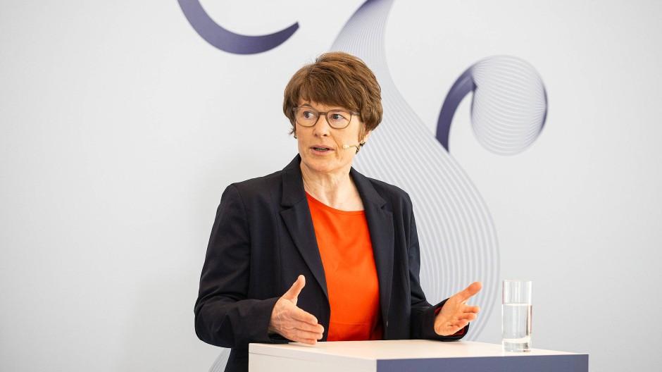 Veronika Grimm, Wirtschaftsweise und VWL-Professorin an der Friedrich-Alexander-Universität Erlangen-Nürnberg
