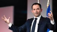 Benoît Hamon mischt die Sozialisten auf