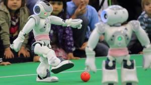 Roboter, Kicker, Lebensretter