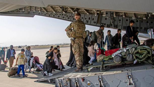 Kontaktdaten von afghanischen Ortskräften nicht vernichtet?