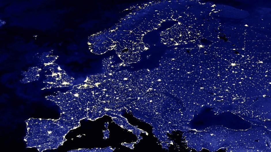 Nichts ausplaudern: Die glitzernde Idee von Europa würde durch Nazi-Vergleiche beschmutzt