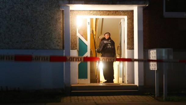 Vier Tote in Wohnung gefunden