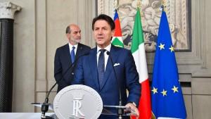 """Conte will Regierung im """"Zeichen der Neuheit"""""""