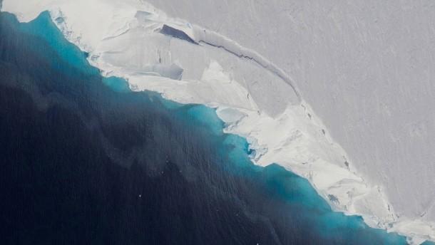 Forscher wollen Antarktis künstlich beschneien