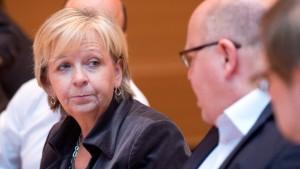 Die Kritik in SPD und Union wird lauter