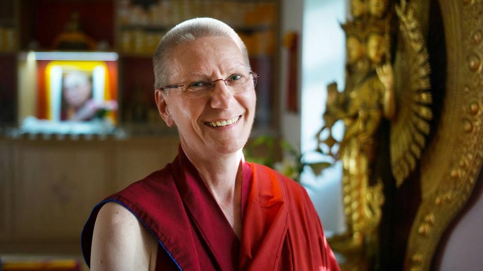 Im Tempel des Tibethauses: Barbara Kirchhof