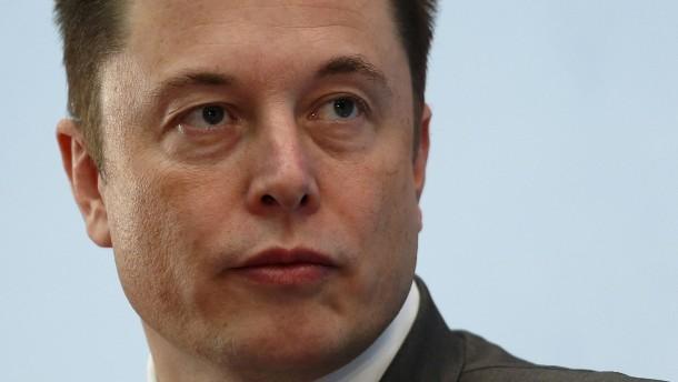 Von Elon Musk beschimpfter Taucher reicht Klage ein