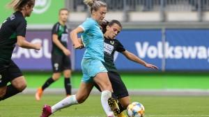 Wolfsburg und Bayern im Achtelfinale