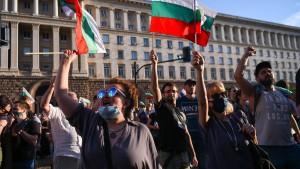 """Bulgariens Präsident wirft der Regierung """"Mafia""""-Gebaren vor"""