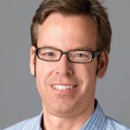 """Hanno  Mußler - Portraitaufnahme für das Blaue Buch """"Die Redaktion stellt sich vor"""" der Frankfurter Allgemeinen Zeitung"""