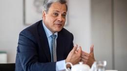 Deutsche-Bank-Manager wird neuer Commerzbank-Chef
