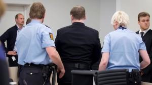 Angriff auf Breivik im Gerichtssaal