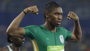 Umstrittene Läuferin Semenya stürmt zu Olympia-Gold