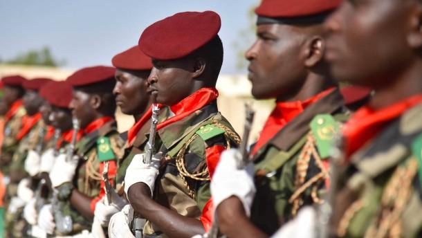 Armee befreit Hunderte Geiseln aus der Gewalt von Boko Haram