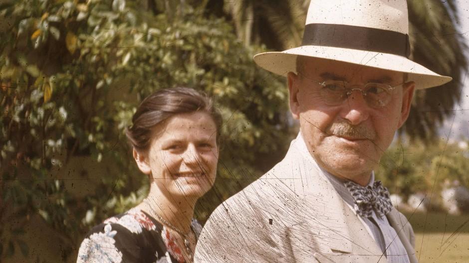 """""""In Gottes Namen"""": Thomas Mann und Elisabeth Mann Borgese in Pacific Palisades"""