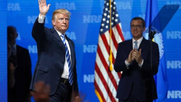 Trumps bewaffnete Patrioten