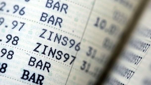 Deutsche rechnen mit langer Niedrigzinsphase