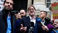Guy Verhofstadt kurz vor der Europawahl bei einer Nachrichtenveranstaltung in Budapest