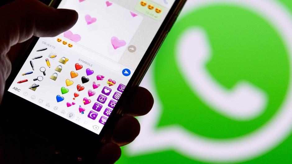 Insgesamt wurden angeblich knapp 170.000 Textnachrichten statt am 14. Februar erst am Mittwoch geschickt. (Symbolbild)