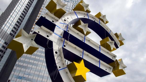Ratingagentur senkt Ausblick für EU