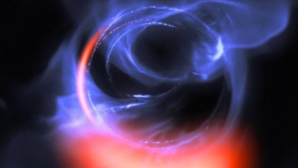 Höllenfahrt ums Schwarze Loch