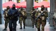 Polizei sucht zwei potentielle Attentäter