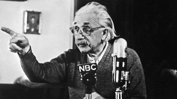"""Einsteins """"Gottes-Brief"""" für fast 3 Millionen Dollar versteigert"""