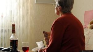 Politiker wollen Kampf gegen Einsamkeit aufnehmen