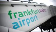 Gescheitert: Nachdem die Verhandlungen mit zwei Bietern nicht geglückt sind, behält Hessen seinen Anteil am Flughafen Hahn.
