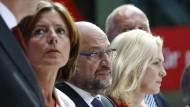 In welche Richtung steuern die Sozialdemokraten? Martin Schulz und die SPD-Spitze am Montag in Berlin.