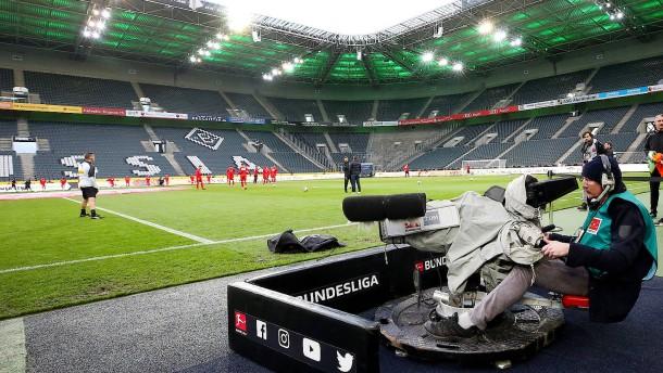 Dazn zeigt auch nächste Saison Bundesliga