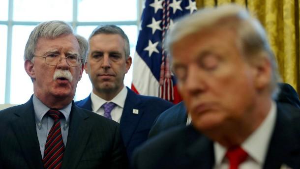 Bolton wird zum unkalkulierbaren Risiko