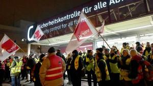 Flughafen-Streiks am Donnerstag treffen 111.000 Menschen