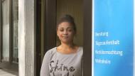 Türsteherin: Rachel Johnson leistet 120 Sozialstunden ab.