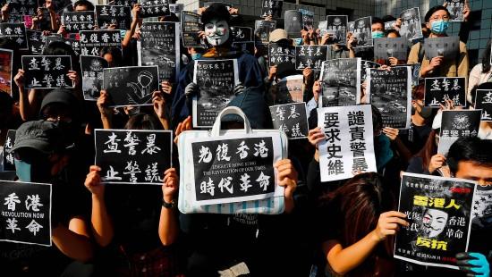 Student stirbt nach Sturz bei Protesten