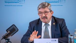 Zwei Polizeibeamte in Mecklenburg-Vorpommern vom Dienst suspendiert