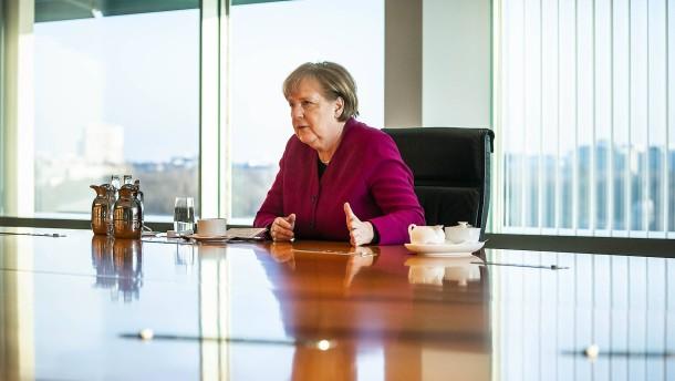 Merkels Ansage und Grabenkämpfe der Identitätspolitik