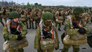 Was beabsichtigt Moskau mit den Truppenbewegungen?