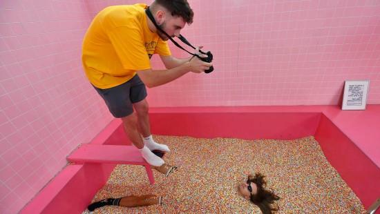 Stillt ein Selfie-Museum den Drang nach Selbstinszenierung?