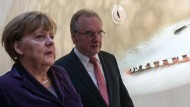 Haseloff kritisiert Kontrollverlust in Flüchtlingskrise