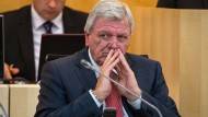 Hessischer Ministerpräsident Volker Bouffier (CDU) setzte sich in Berlin für neue Herangehensweisen zum sozialen Wohnungsbau ein.